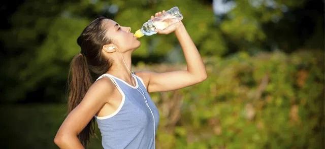 Acqua abitudini sane